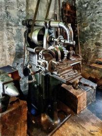 Industrial Gear Cutting Machine von Susan Savad