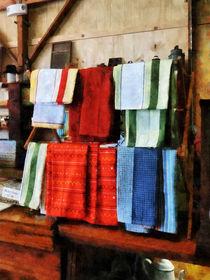 Dish Cloths For Sale von Susan Savad