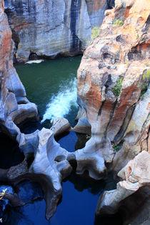 Bourkes' Luck Potholes am Blyde River inmitten der wunderbaren Landschaft Südafrikas  von mellieha