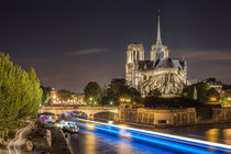 Notre Dame, Paris by Moritz Wicklein
