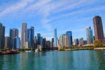 Die Schönheit der Skyline vom Chicago River von ann-foto