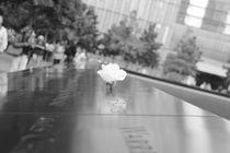 In stillem Gedenken ... am 9/11 Monoument Gedenkstätte 9. September World Trade Center by ann-foto