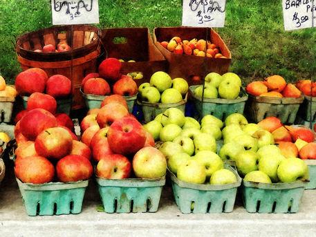 Gft-applesatfarmersmarket2