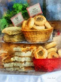 Basket of Bialys von Susan Savad