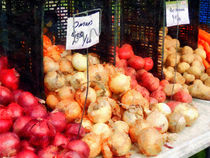 Onions and Potatoes von Susan Savad