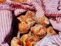 Sugared Donut Holes von Susan Savad