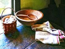 Basket of Eggs and Wooden Bowl von Susan Savad