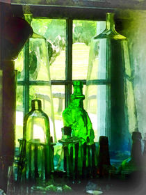 Green Bottles on Windowsill von Susan Savad