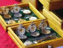 Vintage Pocket Watches For Sale von Susan Savad