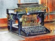Vintage Typewriter von Susan Savad