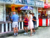 Buying Ice Cream at the Fair von Susan Savad
