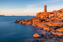 Phare Men Ruz, Ploumanac'h, Bretagne by Moritz Wicklein