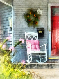Rocking Chair With Pink Pillow von Susan Savad
