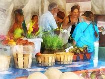 At the Farmer's Market von Susan Savad