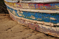Wooden boat washed paint von Angelo DeVal