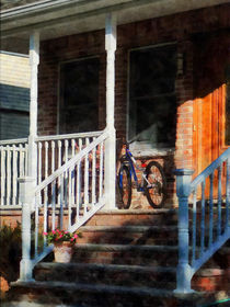 Bicycle on Porch von Susan Savad