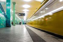 Berlin U-Bahnhof Alexanderplatz von mainztagram