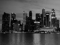 Singapore Skyline  BW von James Menges