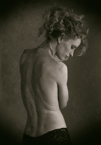 Nude back by Hasse Linden