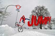 Jump - BMX Flatland im Winter von Matthias Hauser