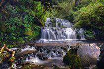 McLean Falls by Sören Gelbe-Haußen
