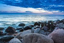 Buhne und Steine an der Küste der Ostsee by Rico Ködder