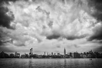 New York City / Manhattan Skyline by Thomas Schaefer