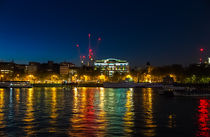 Victoria Embankment, London, at night von Graham Prentice