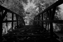 Brücke zum Denkmal von Ronny Schmidt