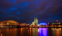 Kölner Lichter am Abend von Denis Wieczorek