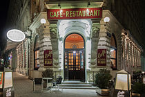 Cafe Weimar in Wien by Christian Hallweger