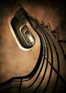 Spiral staircase in brown tones by Jarek Blaminsky