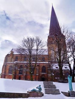 Petrikirchegesamt-nordansicht-winter