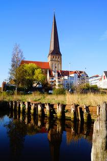 Petrikirche Rostock im Frühling von Sabine Radtke