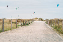 Kite am Strand by Ruby Lindholm