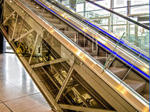 Transparently escalator by Nicole Bäcker
