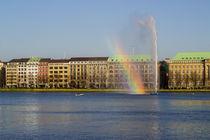 Regenbogen an der Binnenalster Hamburg von Jan Butzkies