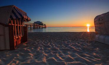 Teehaus-strand-sonnenaufgang