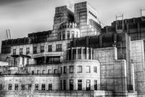 The SIS Secret Service Building London von David Pyatt