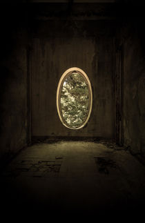 Forgotten room by Jarek Blaminsky