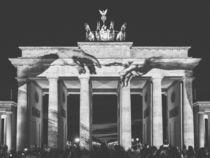 Brandenburger Tor in schwarz-weiß von Franziska Mohr