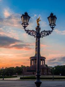 Siegessäule im Sonnenuntergang by Franziska Mohr
