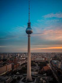 Berliner Fernsehturm von oben von Franziska Mohr
