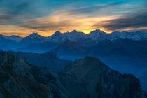 Hinter der Jungfrau by Thomas Wahli