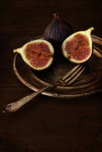 Still life with fresh figs by Jarek Blaminsky