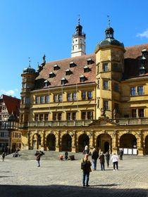 Das Rathaus von Rothenburg by gscheffbuch