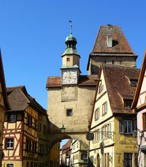 Röderbogen in Rothenburg by gscheffbuch