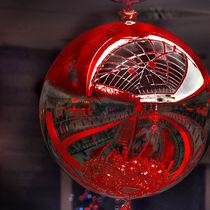 red globe-b von tapa