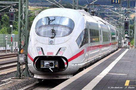 Ice-train-01