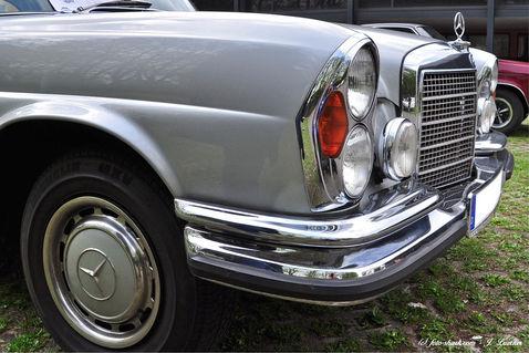 Mercedes-01